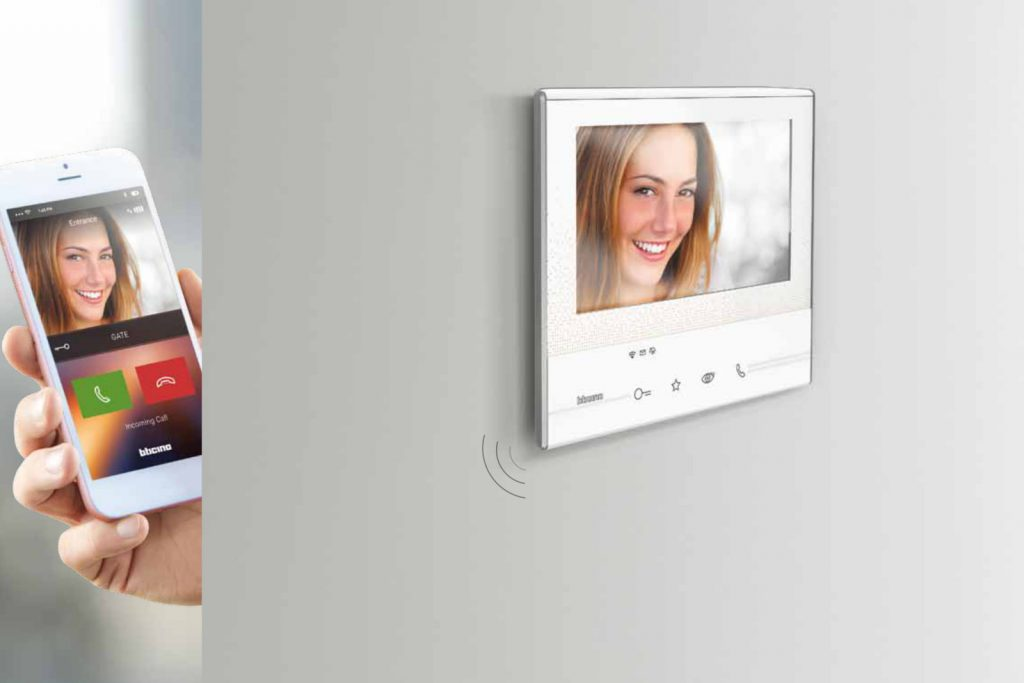 BTicino video door entry system Classe 300 series display